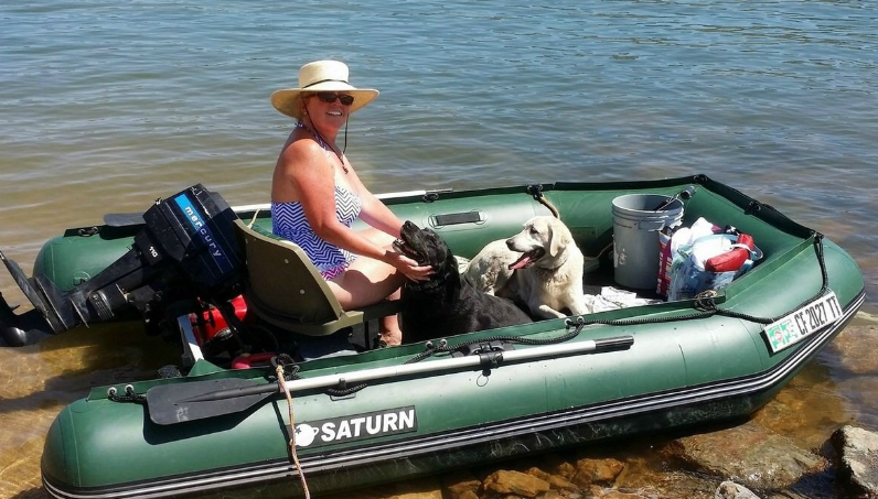 inflatable fishing boad